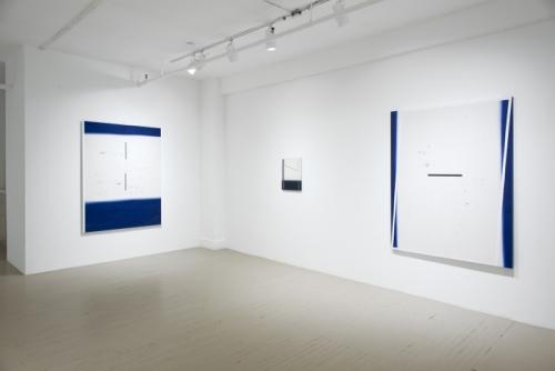 Jean-Benoit Pouliot, installation Point, ligne, plan, point, ligne, plan, point, ligne plan, 2013 Galerie Hugues Charbonneau (photo : Éliane Excoffier)