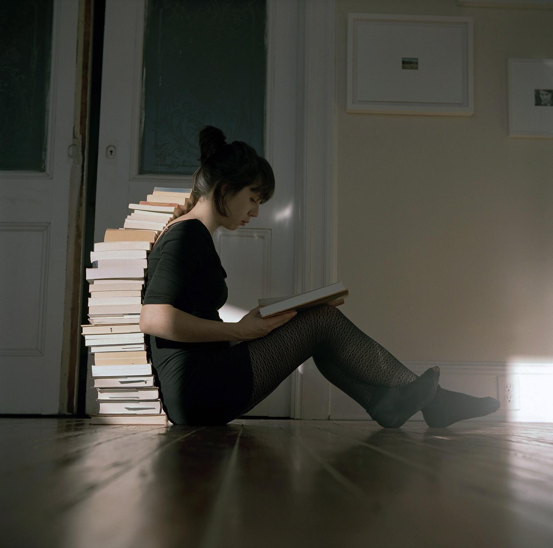 Ève K Tremblay, À lire de loin (geste 1), 2011, épreuve chromogène, c-print, éd. 5, 15
