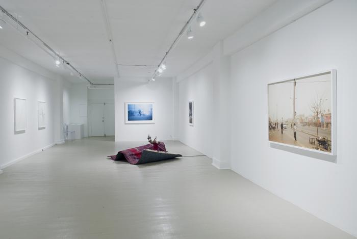 Le temps s'est arrêté - Time Has Stopped, Galerie Hugues Charbonneau, Montréal, 2012, photo Éliane Excoffier