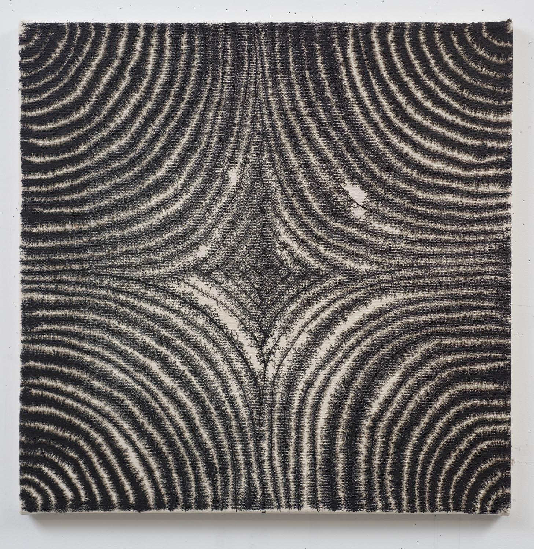 Marie-Claude Bouthillier, Mégalithe 11, 2012, carbone et acrylique sur toile, carbon and acrylic on canvas, 24