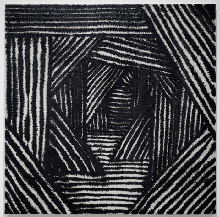 Marie-Claude Bouthillier, Mégalithe 37, 2013, carbone et acrylique sur toile, carbon and acrylic on canvas, 36