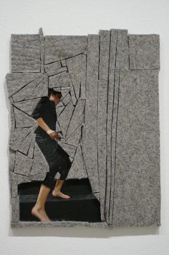 Maria Hupfield Step (Plural Positions series #14) 2014 Épreuve numérique de niveau archive, feutre et médium acrylique Archival inkjet print, felt and acrylic medium 28 x 22 cm (11