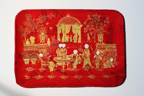 Karen Tam, Geungsi Paradise: Card Tray II, 2012 Papier-mâché, paint, gold marker 35.6 x 25.4 x 2.5 cm (14 x 10 x 1 in)