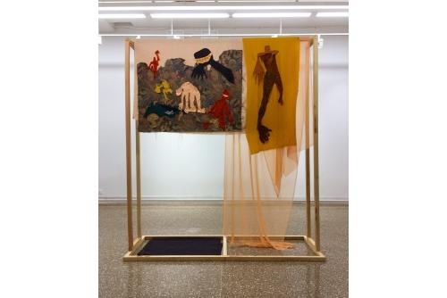 """Cindy Phenix, Playground, 2019 Textiles cousus à la main, bois, vis 205 x 182 x 64 cm (81"""" x 72"""" x 25"""")"""